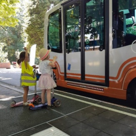 "Preview of ""Learning by doing"": STIB-MIVB is testing autonomous shuttles in Brussels"